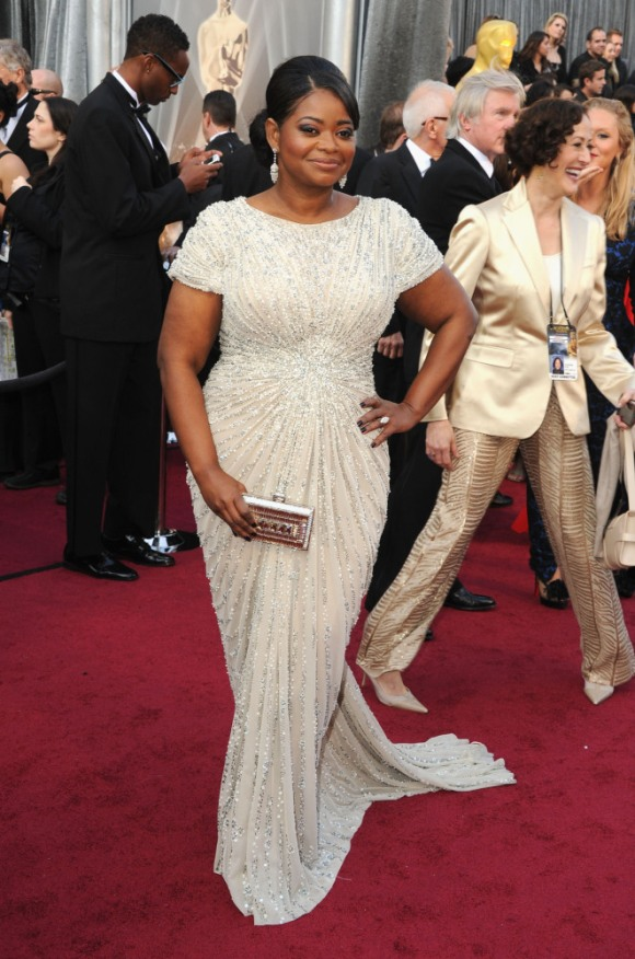 Octavia Spencer in Tadashi Shoji--i love the lines of this dress and simplicity of this dress