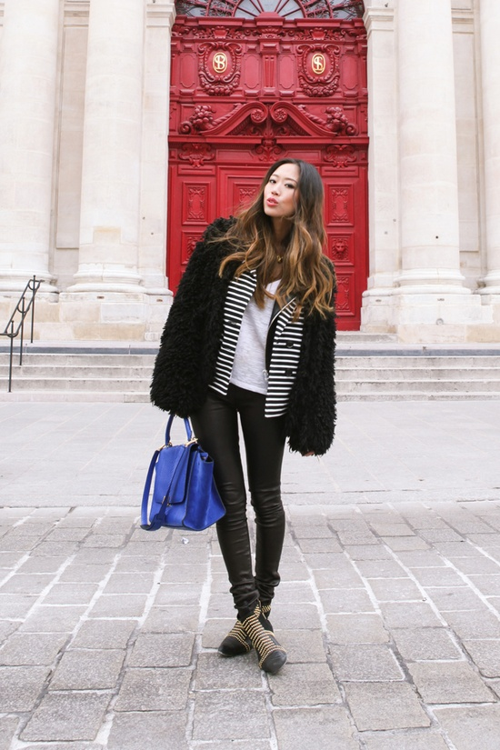 Hello black and white for spring.  The trend that I simply can't get enough of!