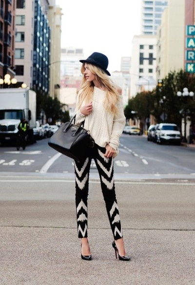 Loving the black and white and graphic print!