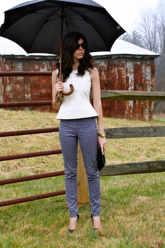 Top: Mason (found here), Pants: H&M (similar here), Shoes: Zara (found here, similar here), Bag: Thrifted (similar here)
