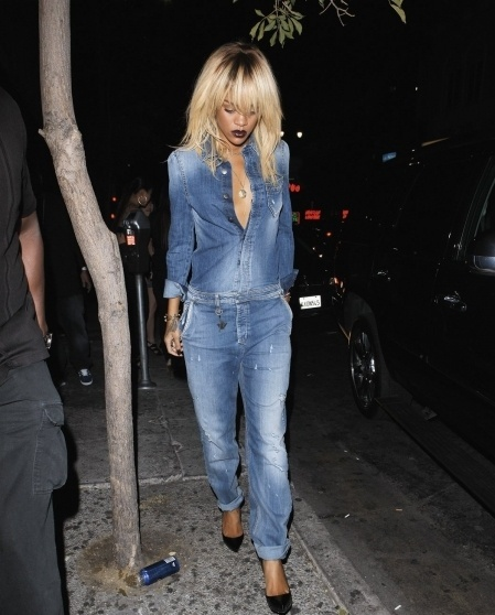 Rihanna is stunning in this denim jumper!